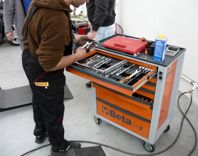 mecanica-lada-scule-auto